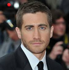 hairstyles for men with square jaws good haircuts for oblong faces the oval face shape is narrower