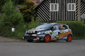 renault rally 2016 file 2015 rally bohemia trojan renault clio r3t jpg wikimedia
