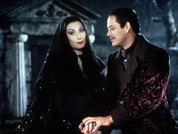 Morticia Addams Dress 8 Morticia Addams Dresses That Will Make Gomez Croon