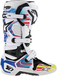 green dirt bike boots the best keep getting better tech 10 boots dennis kirk