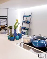 contemporary cool in elle decoration sa le creuset