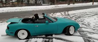 mazda miata stance rob ferretti u0027s infamous stanced miata gets stuck in the snow