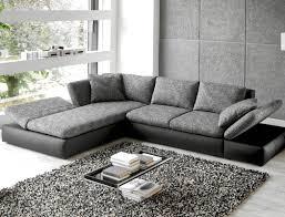 Wohnzimmer Grau Schwarzes Sofa Dekorieren Mit Wohnzimmer Einrichten Grau Schwarz