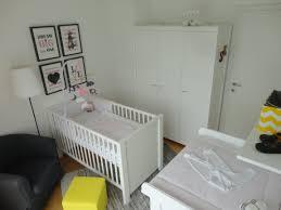 kinderzimmer grau rosa eobs babyzimmer engeloderbengel