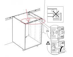 vide sanitaire meuble cuisine fixer plan de travail sur meuble 2 montage de notre cuisine ikea