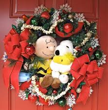 Snoopy Outdoor Christmas Decorations 93 Best Peanuts Charlie Brown Wreaths Images On Pinterest