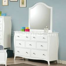 Dresser And Nightstand Sets Dressers Jensen Dresser And Mirror Set Dresser Mirror And