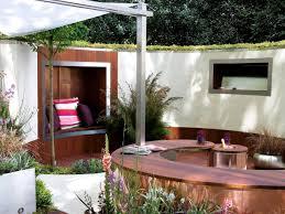 Less Is More Small Space Gardening Garden Design Create An Outdoor