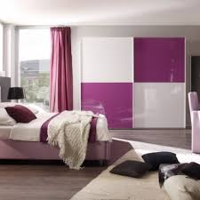 Schlafzimmer Lila Gemütliche Innenarchitektur Schlafzimmer Gestalten Flieder Die