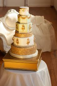 wedding cake questions 3 common questions wedding cakes smash glam