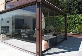 vetrata veranda vetrate e verande panoramiche con telaio o tutto vetro per balconi