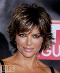 lisa rinnas hairdresser lisa rinna mature hairstyles good news register for the
