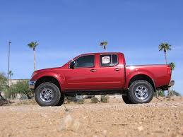 nissan pickup 4x4 lifted 6