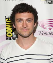 why did ragnor cut his hair george blagden talks vikings his relationship with ragnar