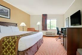book days inn u0026 suites kansas city south in kansas city hotels com