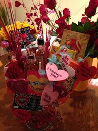 valentines gifts for guys 27 best bouquet images on bouquet basket