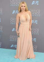 postpartum dresses for wedding hayden panettiere makes peachy appearance following struggle with