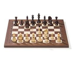 Chess Table E Board With Royal Chess Pieces And Rosewood Chess Board