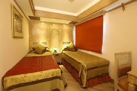 maharajas express presidential suite india pinterest india
