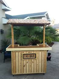 Making A Tiki Hut Bar Made From Pallets Google Search Outdoors Pinterest