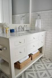 White And Gray Bathroom by Best 25 Condo Bathroom Ideas On Pinterest Small Bathroom Redo