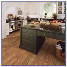 traditional living premium laminate flooring heirloom oak