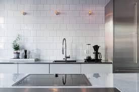deco plan de travail cuisine le choix du plan de travail dans la cuisine l atout déco