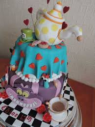 creative cakes 60 of the most creative cakes but 48 took things far