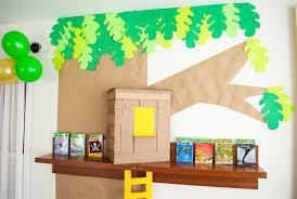 Magic Treehouse - diy cardboard u0026 paper magic tree house birthday party decoration