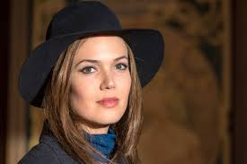 Can Wearing A Hat Cause Hair Loss Mandy Moore U0027s Glorious Hats On Nbc U0027s U0027this Is Us U0027 An Ode