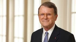 Bob F by Robert F Bruner Distinguished Professor Finance