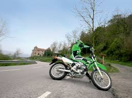 kawasaki klx250 maneuvering motorcycles pinterest custom