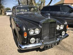 roll royce garage the cars are out on the hottest day so far bridge classic cars