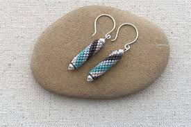 easy earrings easy beaded earrings and wire wrap earrings to make now