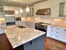 Granite Countertops With White Kitchen Cabinets by Best 20 White Granite Kitchen Ideas On Pinterest Kitchen