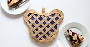 cuisine mickey mickey pie pot holder disney family