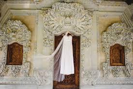 Michaels Wedding Arches Alana And Michael U0027s Beautiful Bali Wedding Botanica Weddings