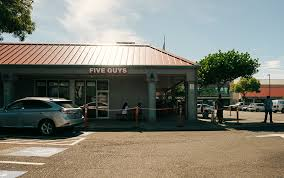 why the new five guys burgers and fries in mililani is as as