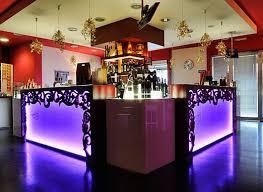 scarlett cafe u0026 restaurant design offers boozy florid elegance
