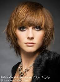 Frisuren Wuscheliger Bob by Best 25 Frisuren Halblang Gestuft Ideas On Frisuren