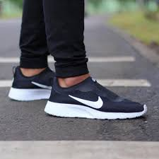 Nike Tanjun Black nike tanjun slip on black original s fashion footwear on