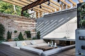 outdoor courtyard dazzling courtyard designs for your outdoor gosiadesign com