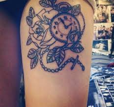 50 top class clock tattoos on thigh