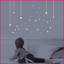 decoration etoile chambre etoile phosphorescente ikea avec decoration chambre bebe etoile 213
