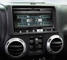 jeep wrangler navigation system qnx unveils reference design jeep wrangler car 2 berryreview
