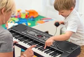 61 by Alesis Melody 61 61 Key Portable Keyboard Built In Speakers
