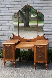 Vintage Vanity Table Dressing Table Vanity For Girls U0027 Bedrooms Home Decor And Design