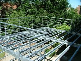 terrasse suspendue en bois montage terrasse bois composite evtod