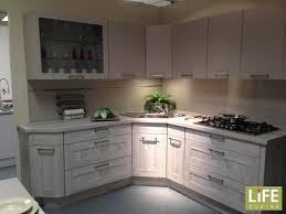 cucine con piano cottura ad angolo gallery of cucina ad angolo con blocco colonne a parte