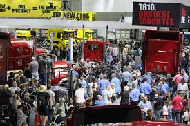 paccar truck parts paccar world at brisbane truck show paccar australia